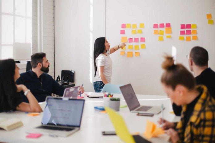 Секреты эффективных команд: 9 советов от ведущих бизнес-лидеров
