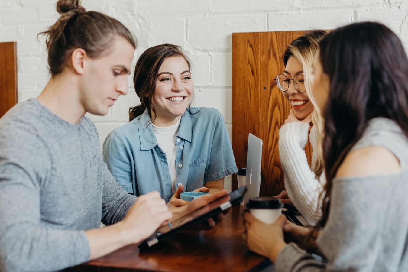 7 способов обеспечить эффективное общение на работе